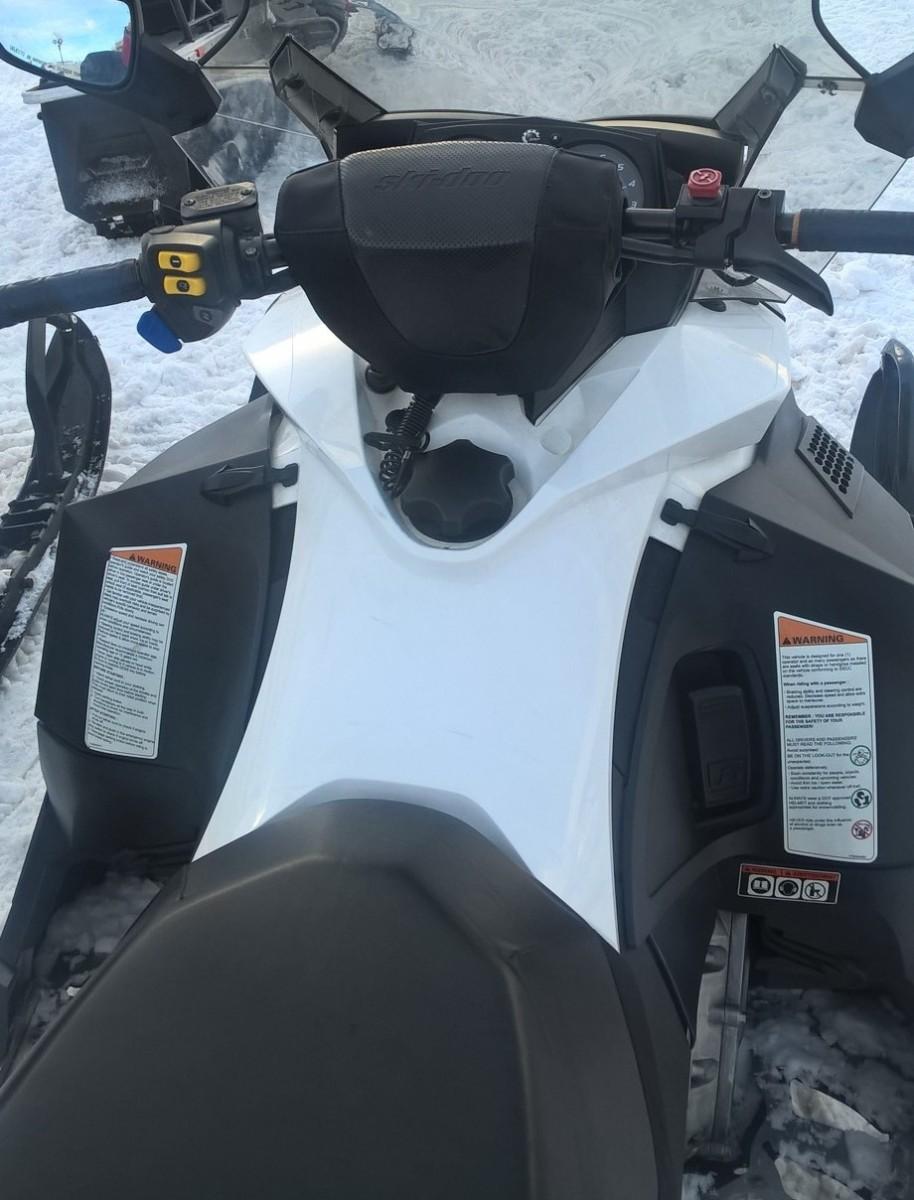 Motoslitte-SKI-DOO-foto-5